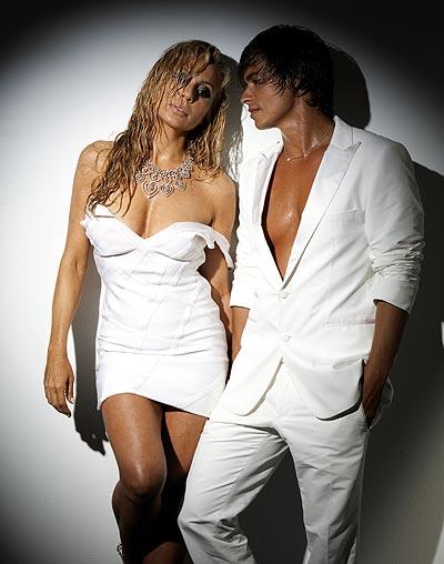 Carlos Baute con Marta Sanchez - Colgando en tus Manos - Gala Premios 40 Principales 2009