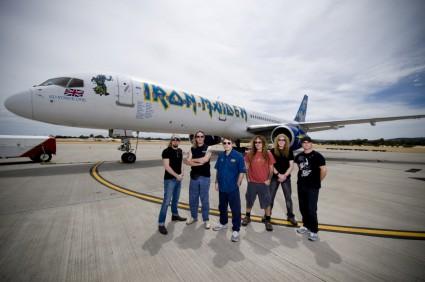 Iron Maiden y su Ed Force One