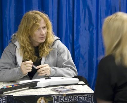 Mustaine con el Guitar Hero