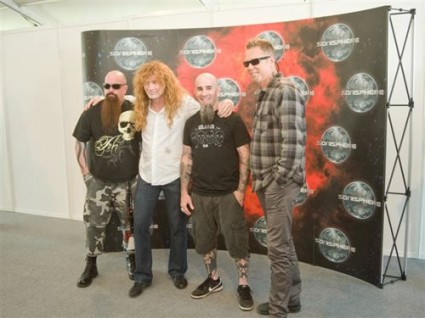 Kerry King, Dave Mustaine, Scott Ian y James Hetfield