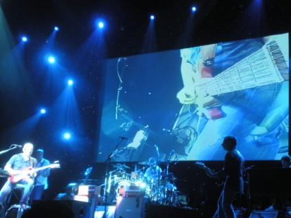 Mark tocando la guitarra