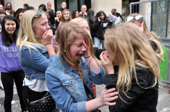 Fans llorando