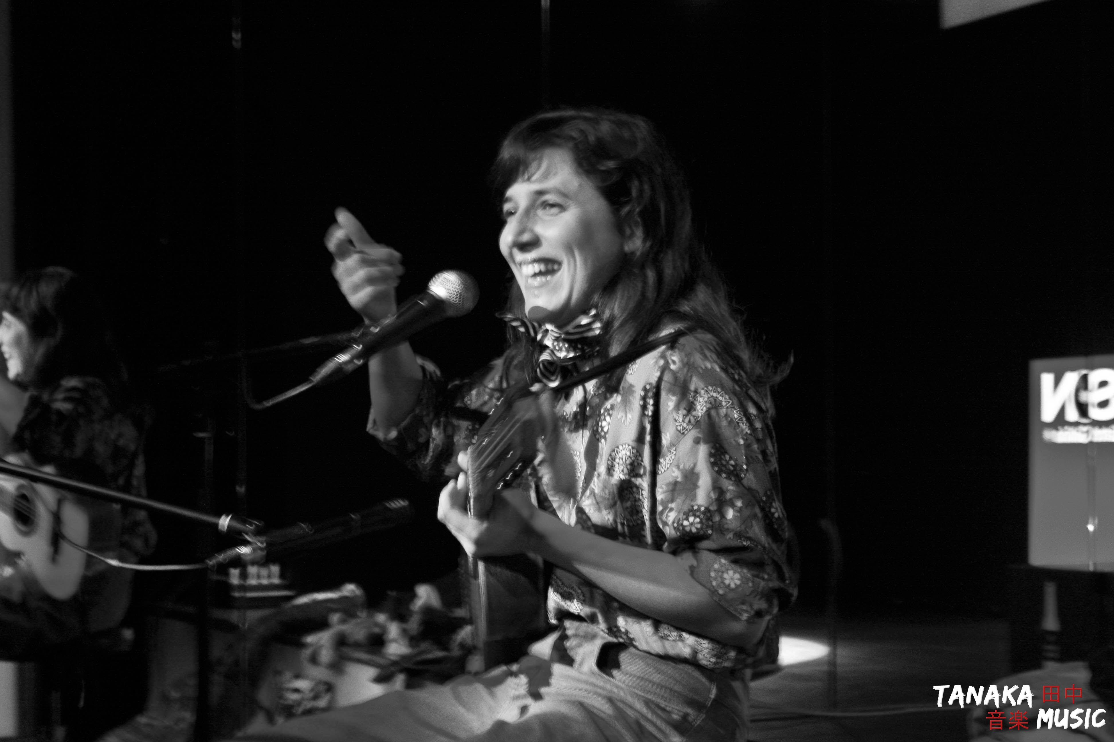Lorena Álvarez y su banda municipal - LeClub 2012