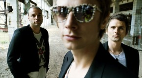 Muse estrenan el videoclip para &#8220;Follow Me&#8221;