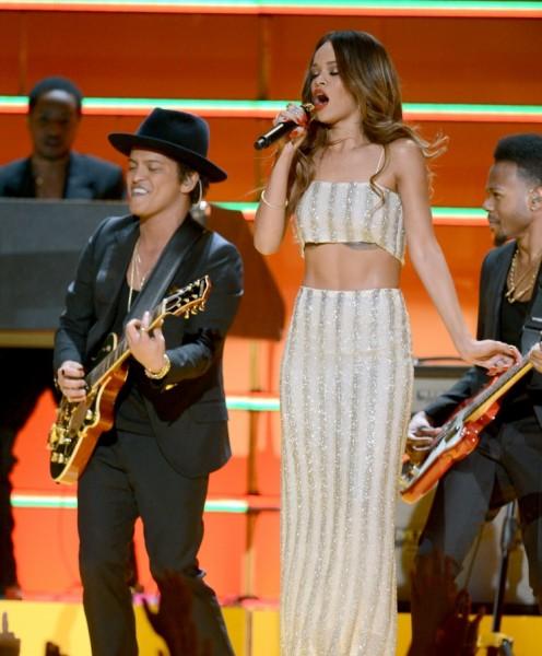 Bruno Mars y Rihanna
