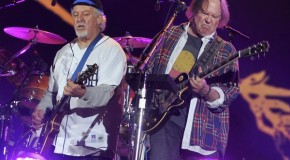 Neil Young and Crazy Horse cancelan su posible última gira mundial