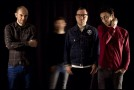 """Escucha """"Sendero Luminoso"""", el primer single del álbum debut de M A J E S T A D, """"Música para pelear"""""""